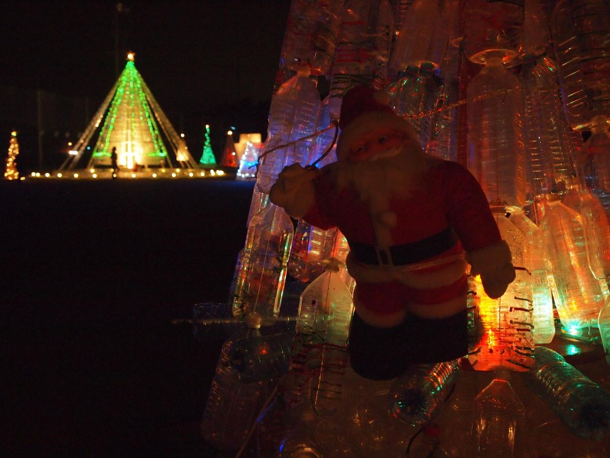 サンタさんが歓迎してくれます!